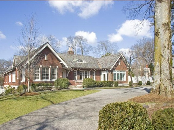 Taylor swift lists nashville mansion for sale for Nashville tn celebrity homes