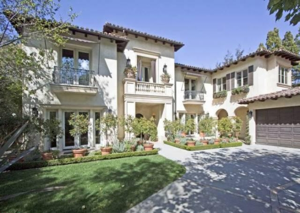 Britney Spears Lists House In Beverly Hills Celebrity Cribs