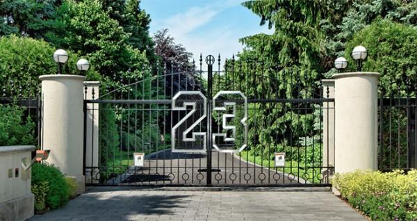 entrance-michaeljordan_mansion