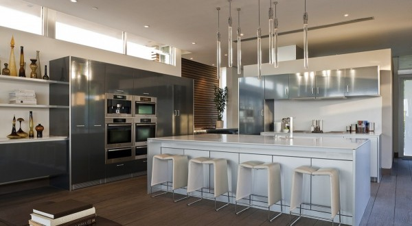 Kitchen-and-stainless-steel-appliances